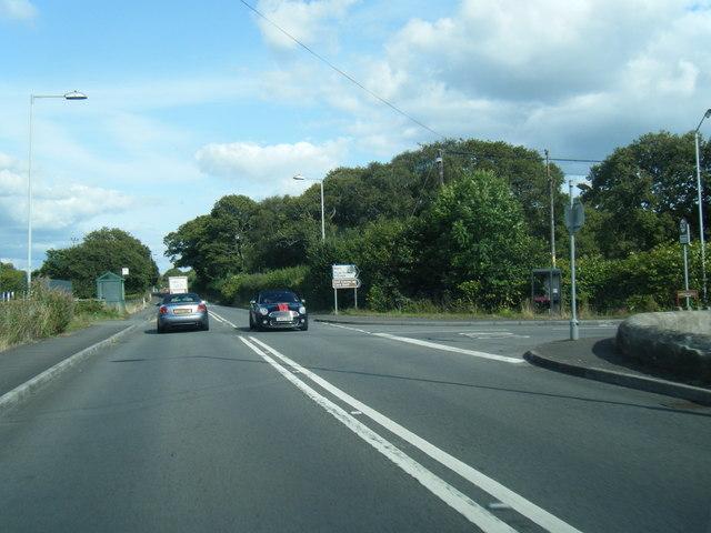 B4295/Cefn Stylle Road junction