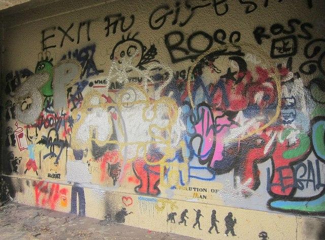 Graffiti, Walls Hill