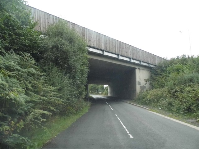 Slade Oak Lane going under the M25
