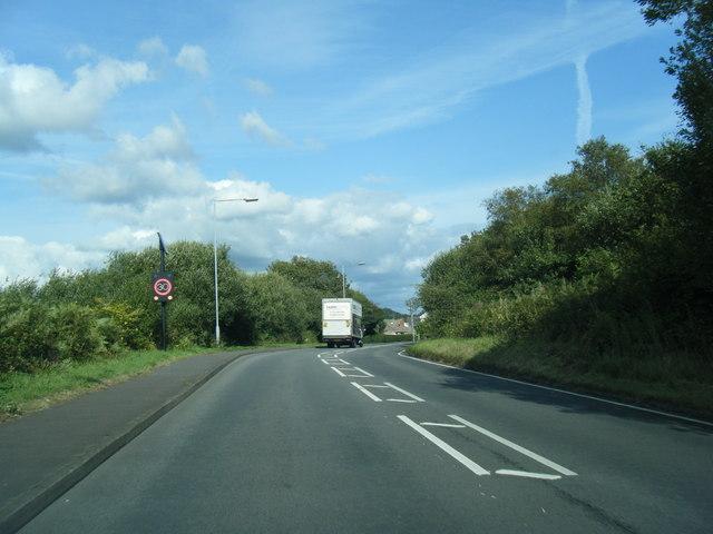 B4295 Cwmbach Road