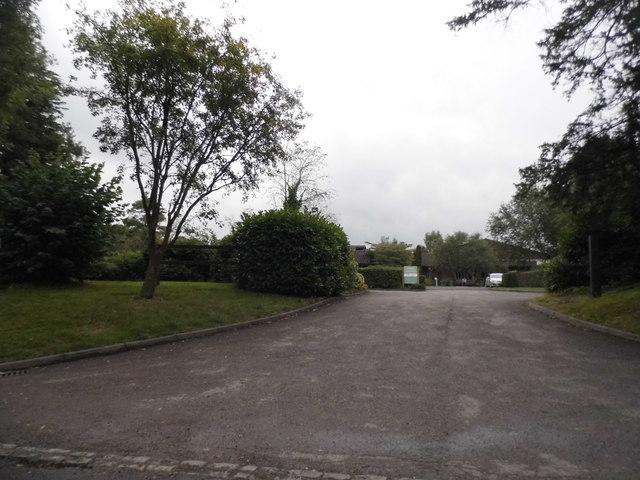 The entrance to Denham Grove on Tilehouse Lane