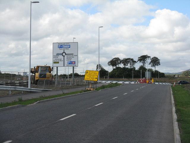 New roundabout at Newton Village