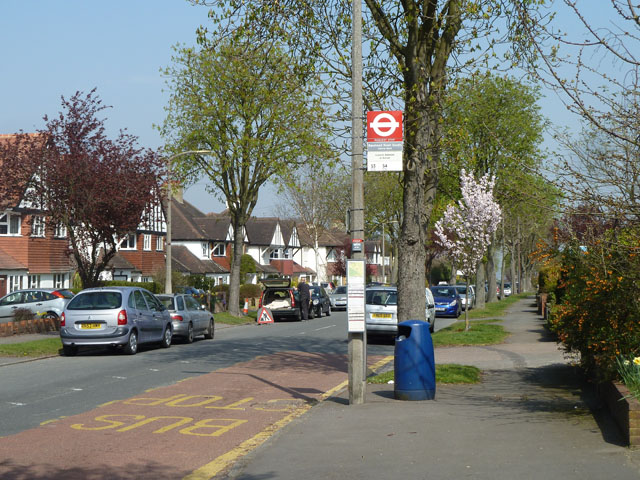 Banstead Road South - Downs Road bus stop