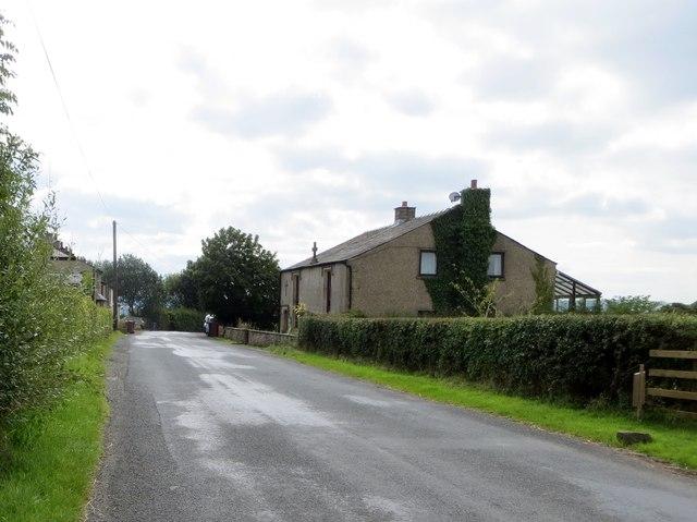 Stone Cross Cottage on Gallows Lane