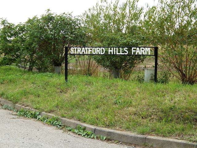 Stratford Hills Farm sign