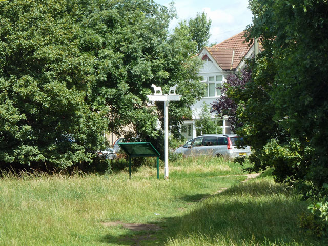Mitcham Common - a way out