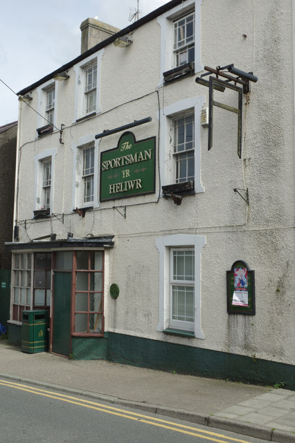 The Sportsman, Nefyn