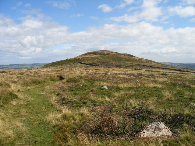Path up Pen-y-gaer
