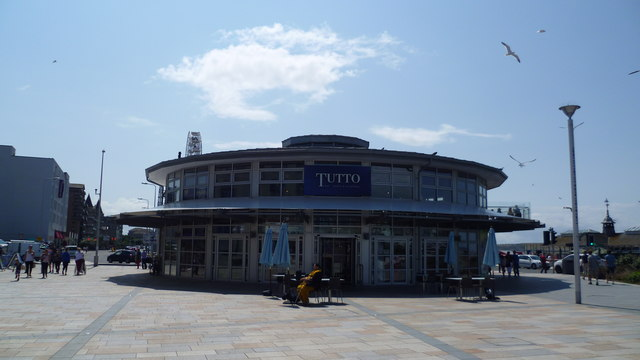 Tutto eatery in Weston town centre