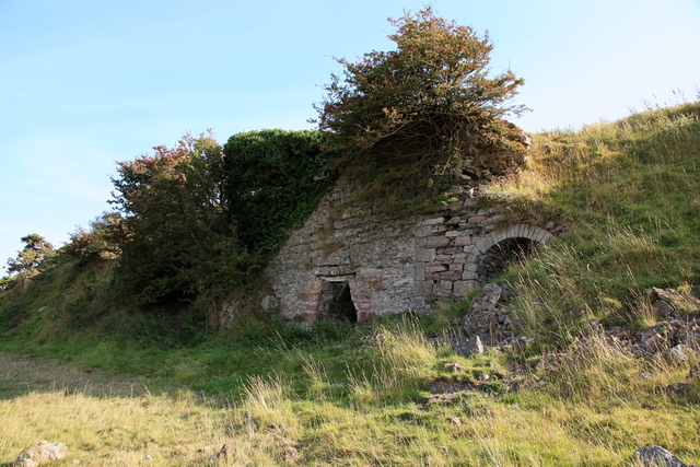 Remains of lime kilns, Dunnerholme
