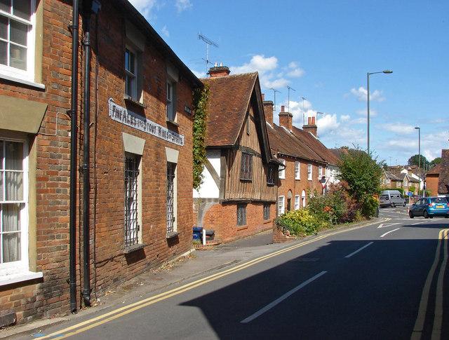 Red Lion lane, Farnham