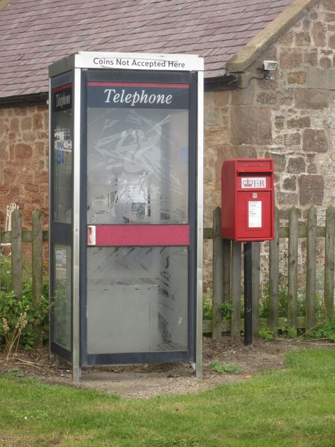 Telephone box and postbox in Boulmer