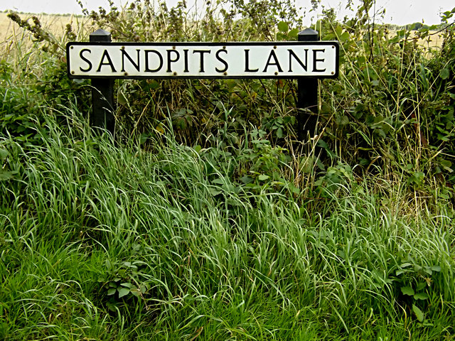 Sandpits Lane sign