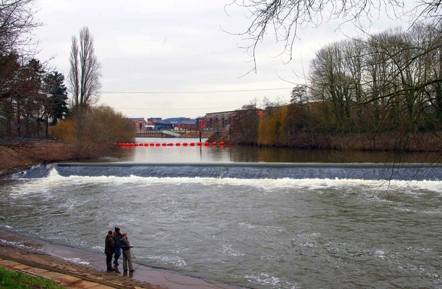 Weir on the River Severn, Worcester