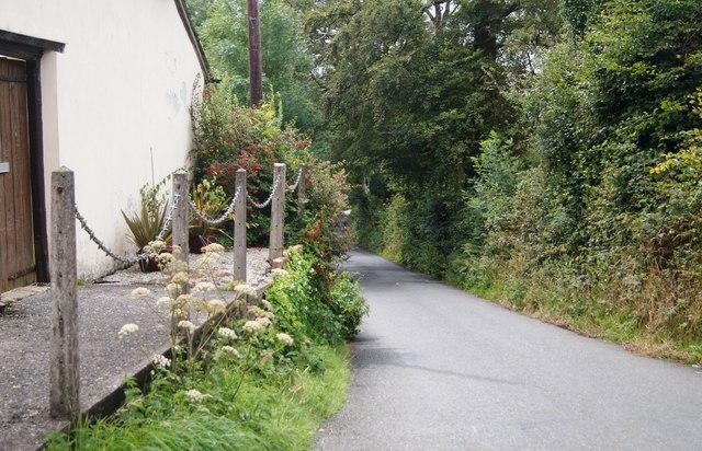 Lane towards Sheepwash