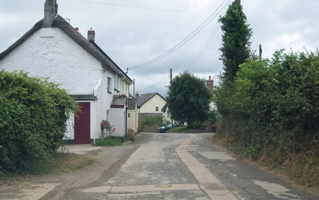 North Street - entering Sheepwash