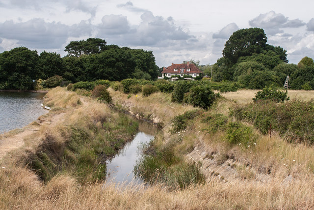 Inland from Eight Acre Pond