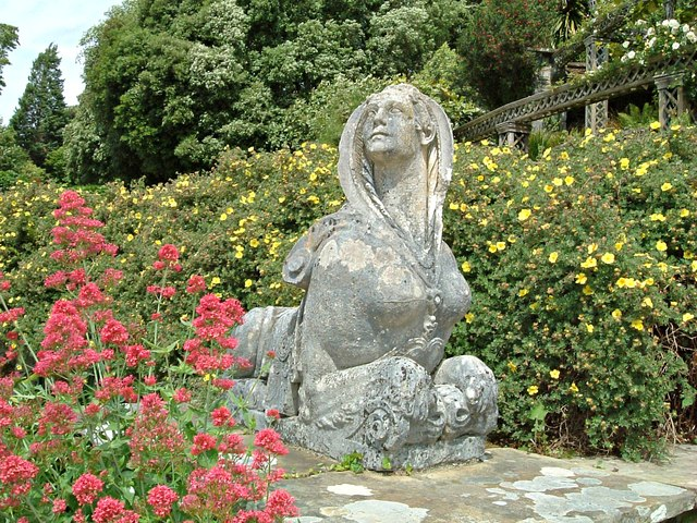The Sphinx Statue on Canal Terrace Bodnant Garden (2)