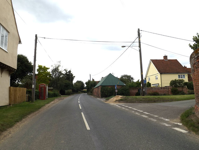 B1068 at the junction with Hudsons Lane