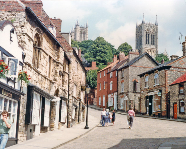 Lincoln: Up Steep Hill to Cathedral, 1992