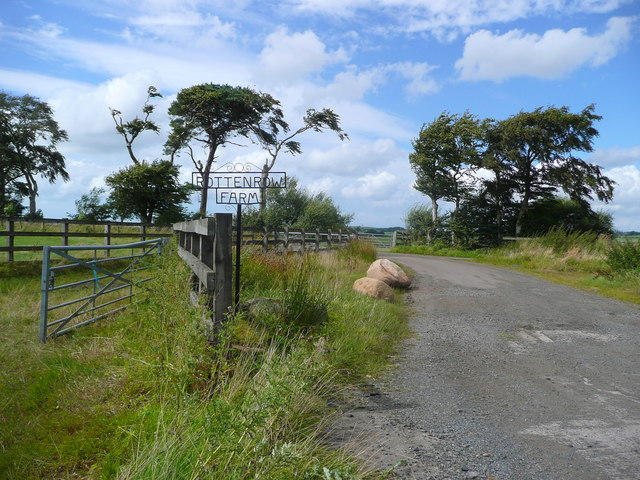 Rottenrow farm roadend