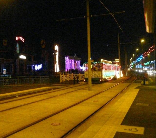 Heritage Tram passing Cavendish Road
