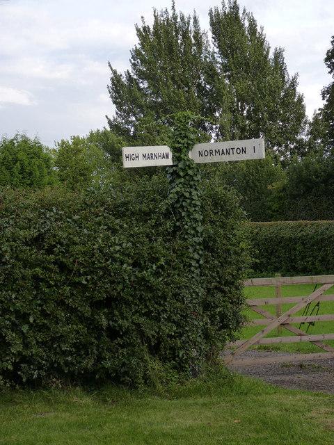 Fingerpost at Low Marnham