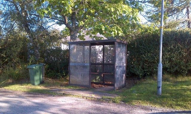 Bus shelter at Mounthigh