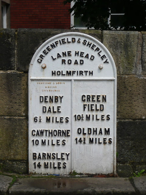 Milepost on Hollowgate Bridge