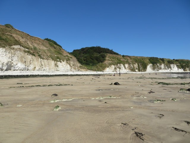 Beach at Dykes End, low tide