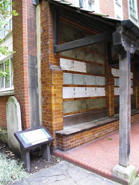 GF Watts Memorial to Heroic Self Sacrifice, Postman's Park, EC1