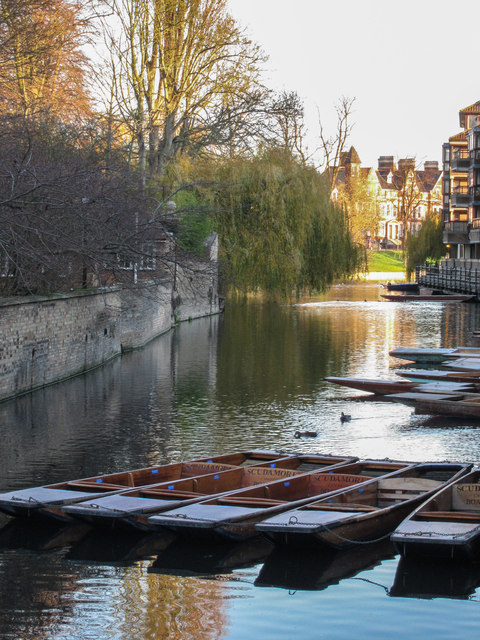Punts at Magdalene Bridge