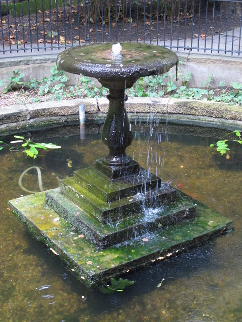 Fountain in Postman's Park, EC1 (2)