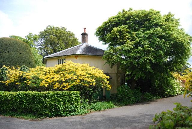 Lodge, Leonardslee Gardens