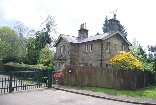 South Lodge, Leondardslee