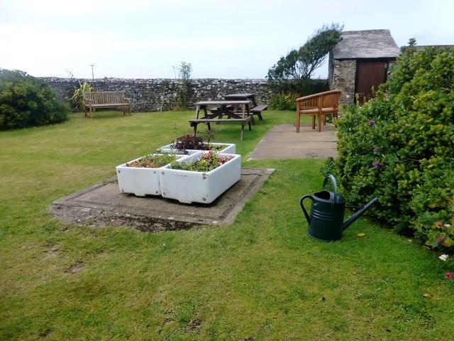 Garden At YHA Elmscott Bunkhouse