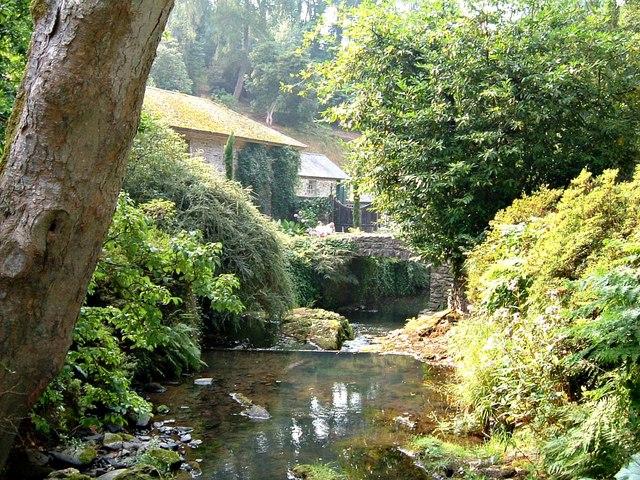River Hiraethlyn in Bodnant Garden