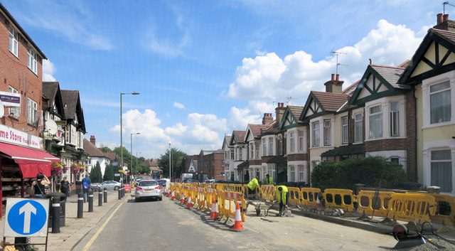 Colindale Avenue road works