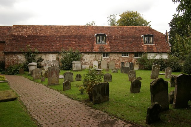 Churchyard, Holy Cross church, Uckfield