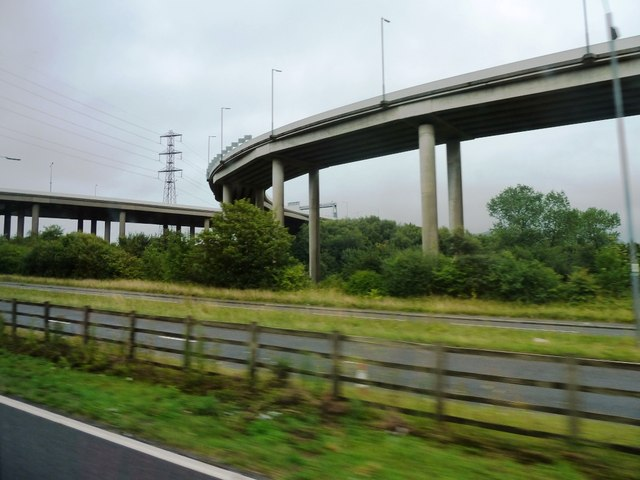 Approach to M4 from A483