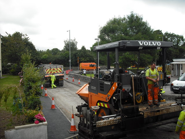 Road resurfacing, Gors Goch