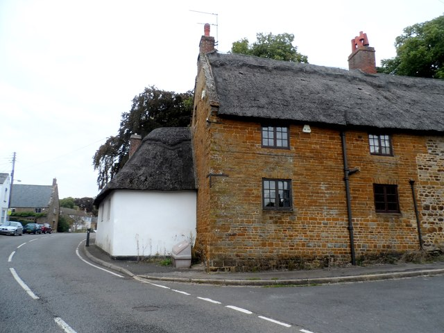 Eighteenth century cottage, West Haddon