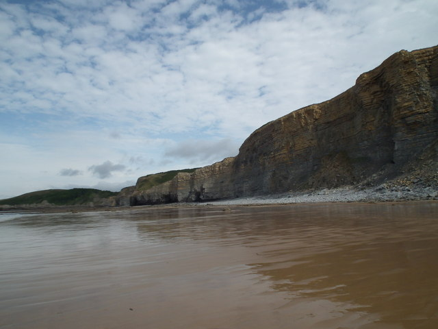 Beach and cliffs at low tide