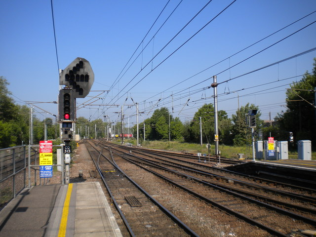 Down end of Ipswich station
