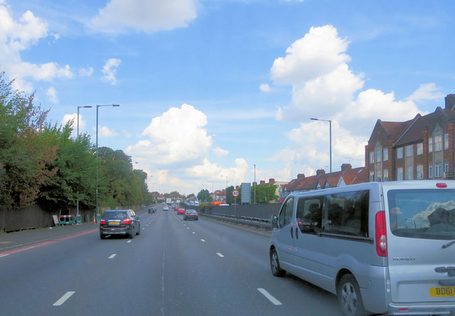 A406 south of The Welsh Harp