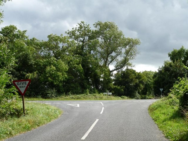 The road from the Barringtons at the B4425 crossroads
