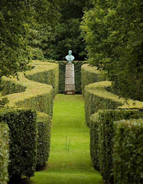 Serpentine hedge, Chatsworth