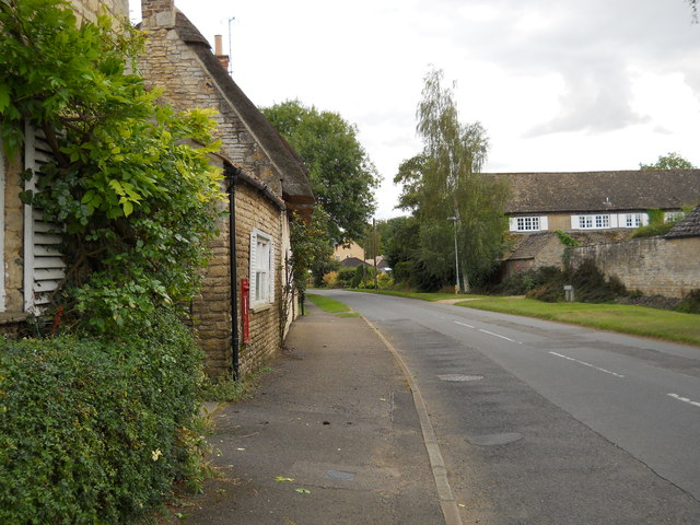 View along Heath Road, Helpston