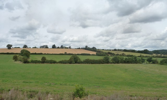 Farmland west of Burton Farm