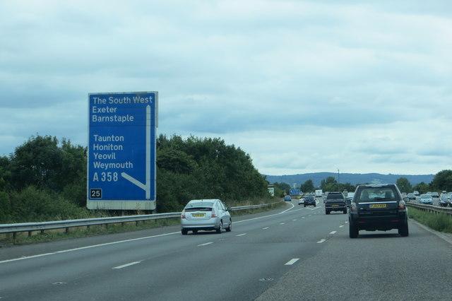 M5 junction